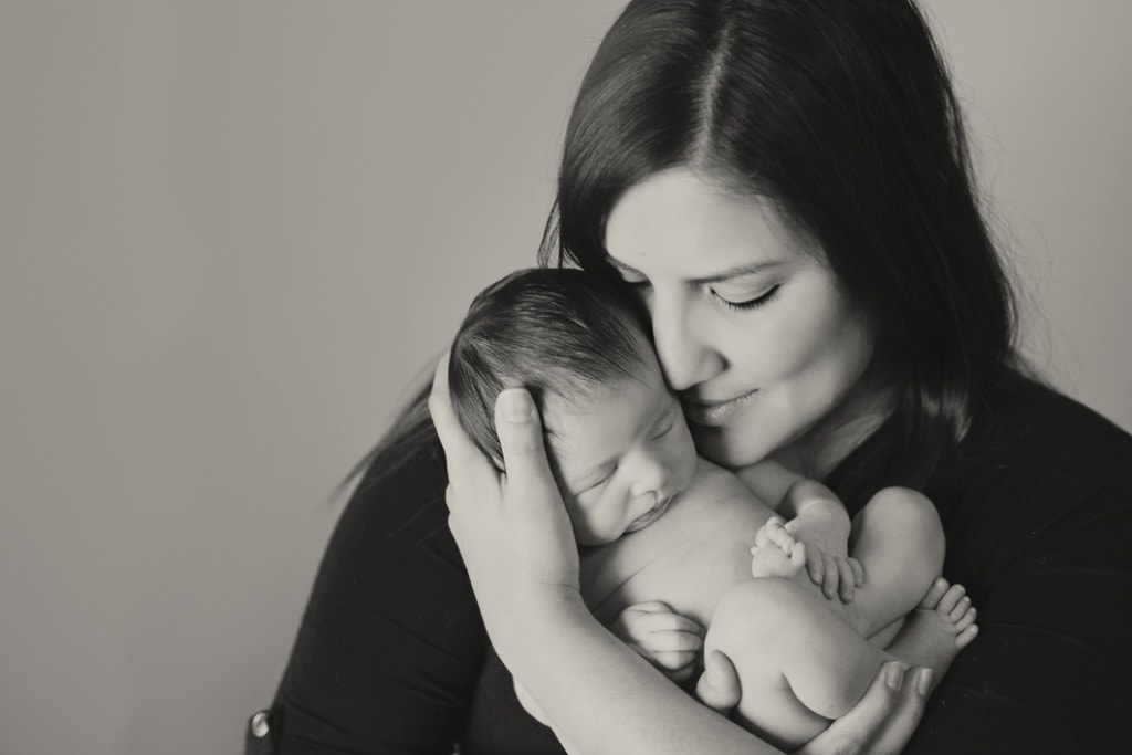 new orleans newborn with mom