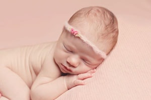 8 Days old newborn girl (New Orleans newborn photographer)