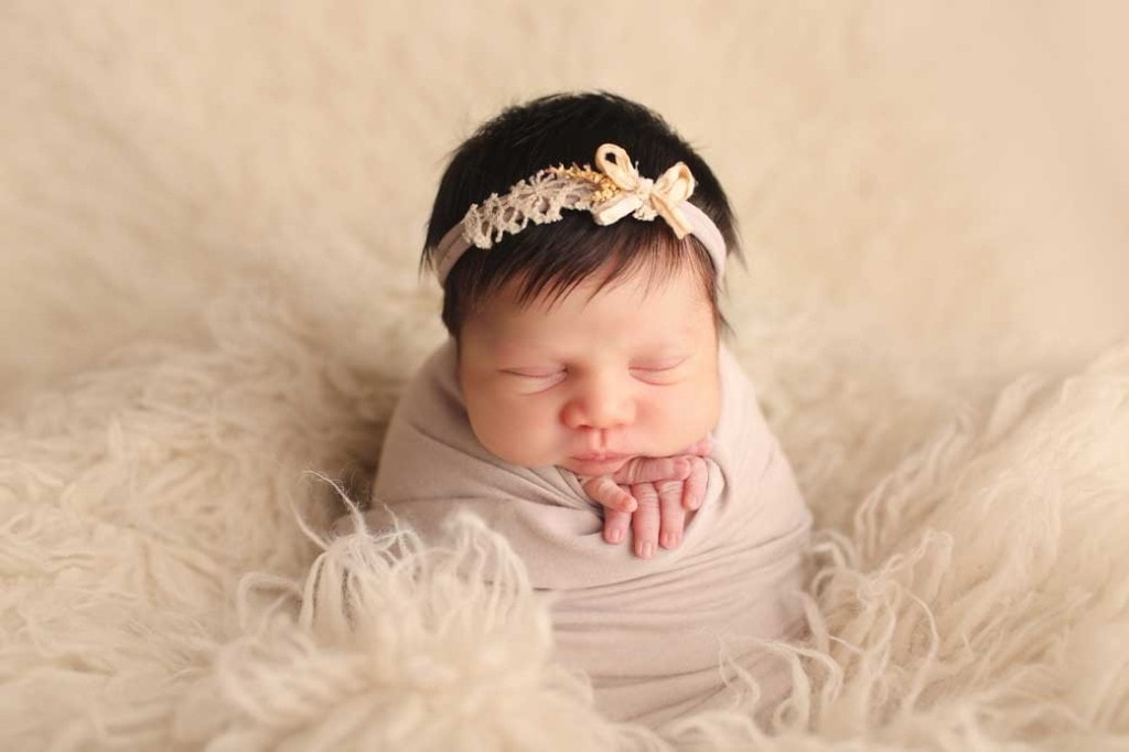 newborn-girl-potato-sac