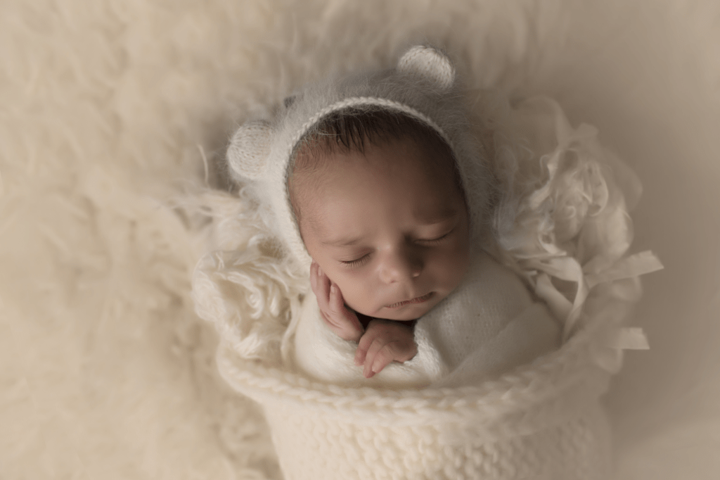 newborn-boy-in-white-bear-b