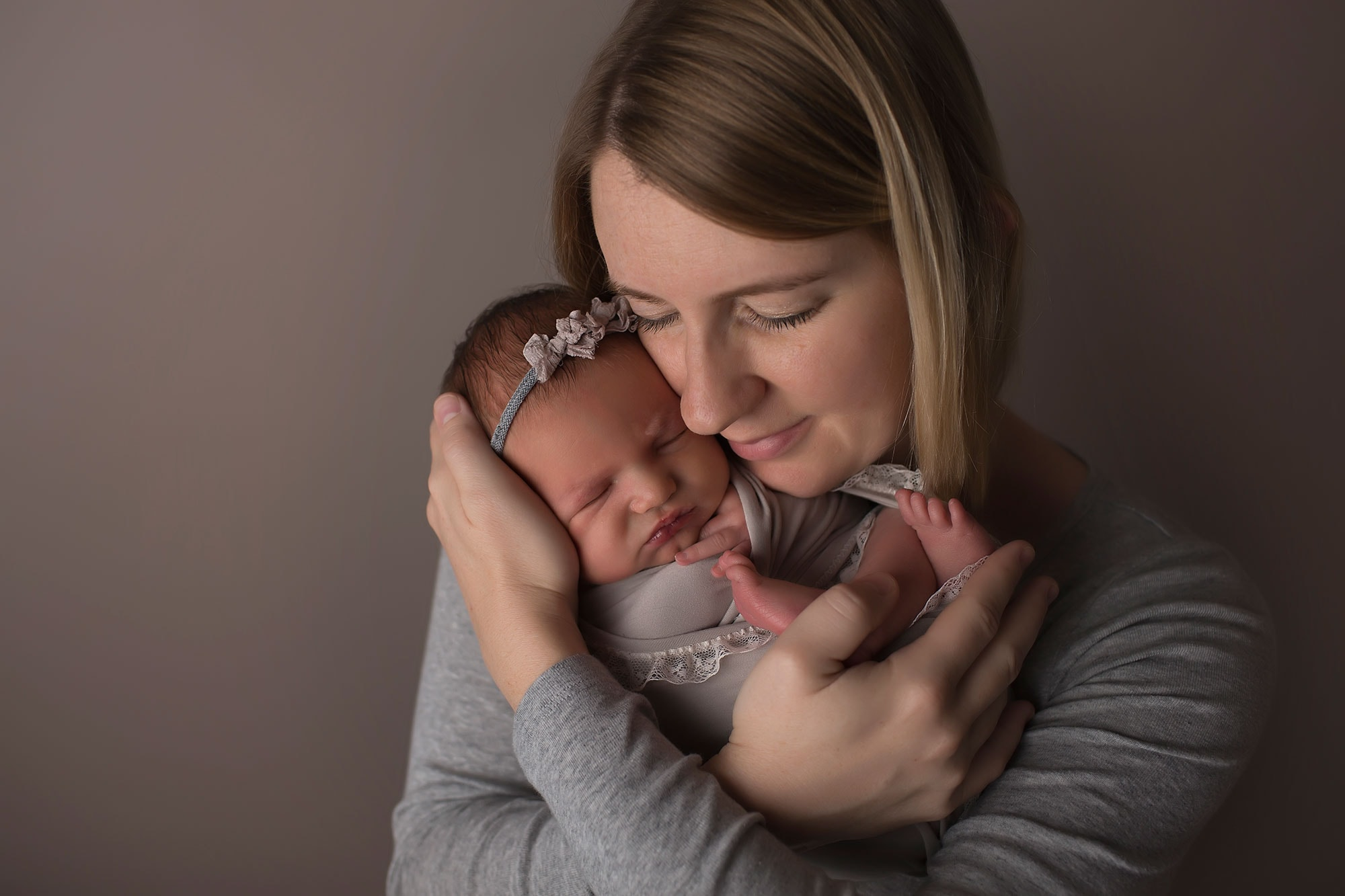 newborn-girl-with-mother