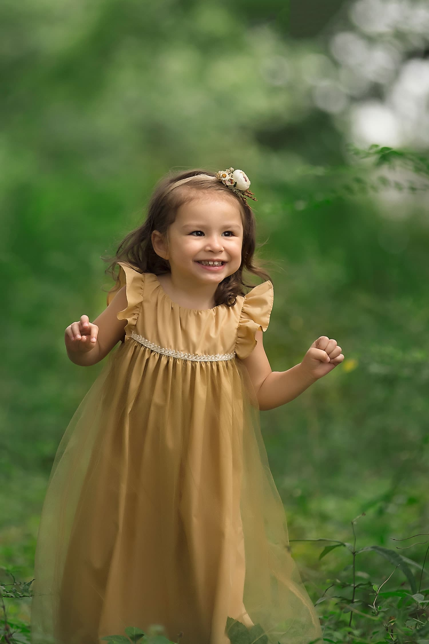 Baby girl smiling by Annie Whitaker Photography