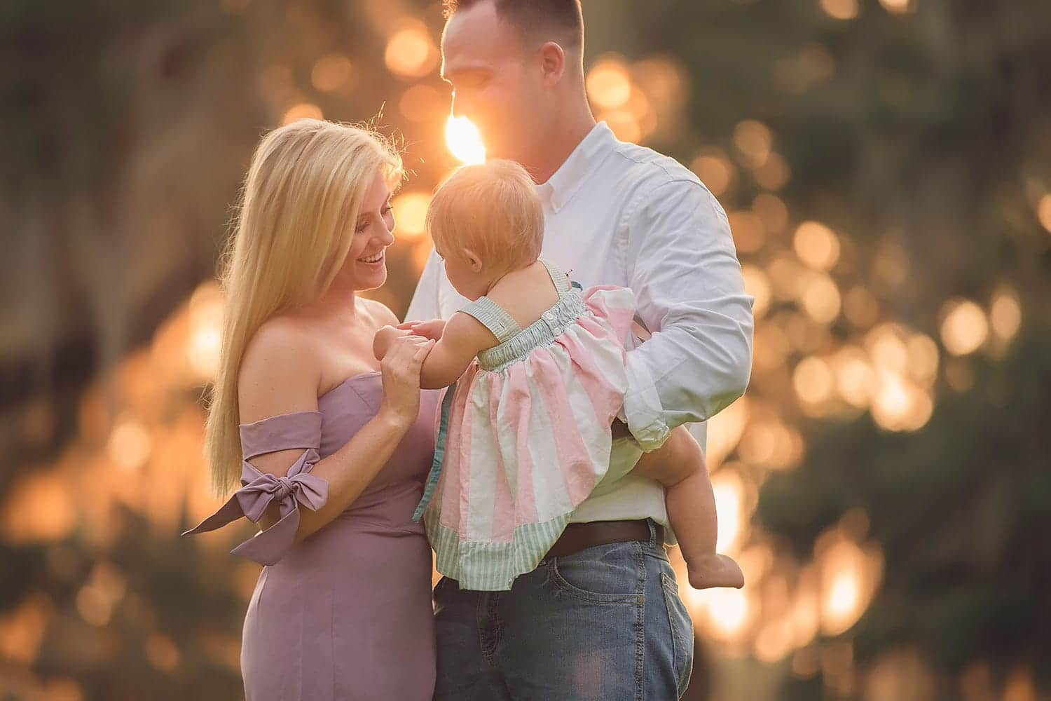 sunset family photo session by Annie Whitaker Photography