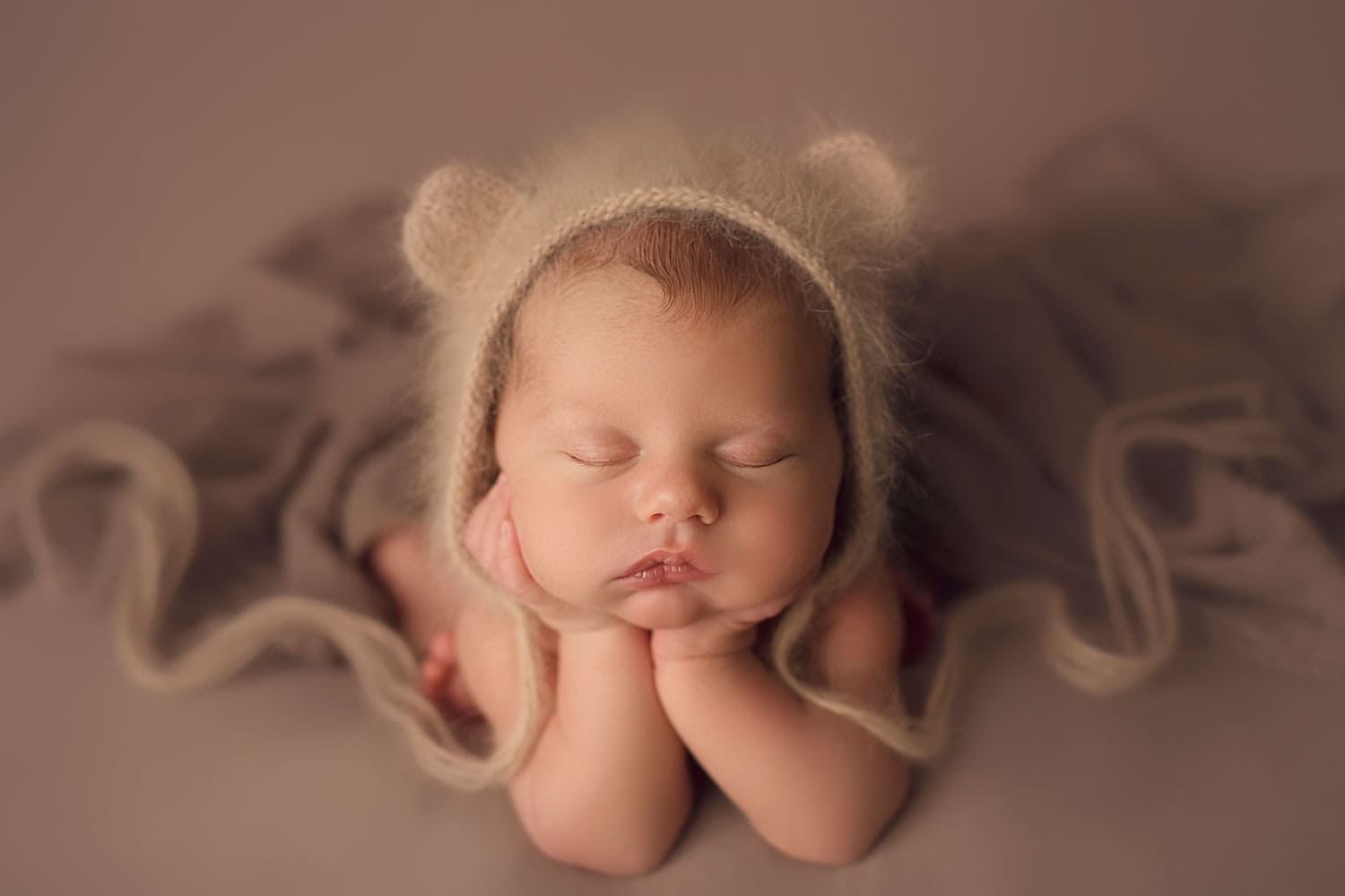Baby boy froggy pose by Annie Whitaker Photography
