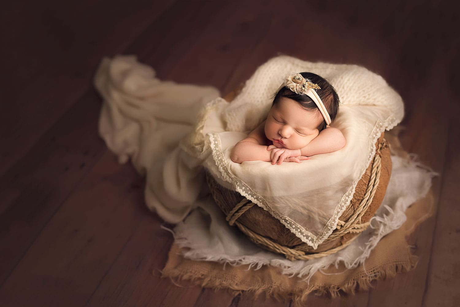Beautiful neutral newborn set up by Annie Whitaker Photography