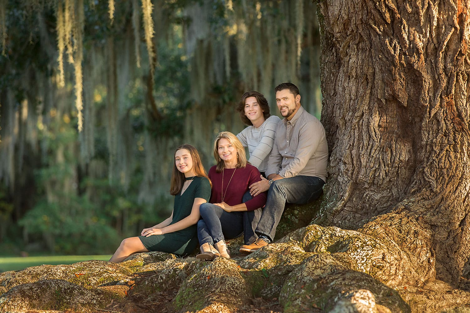 Family of four at fountainebleau state park by Annie Whitaker Photography