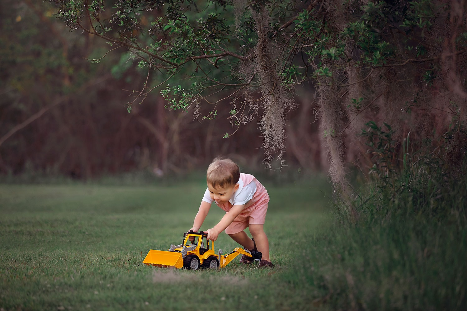 Two year old milestone session by Annie Whitaker Photography