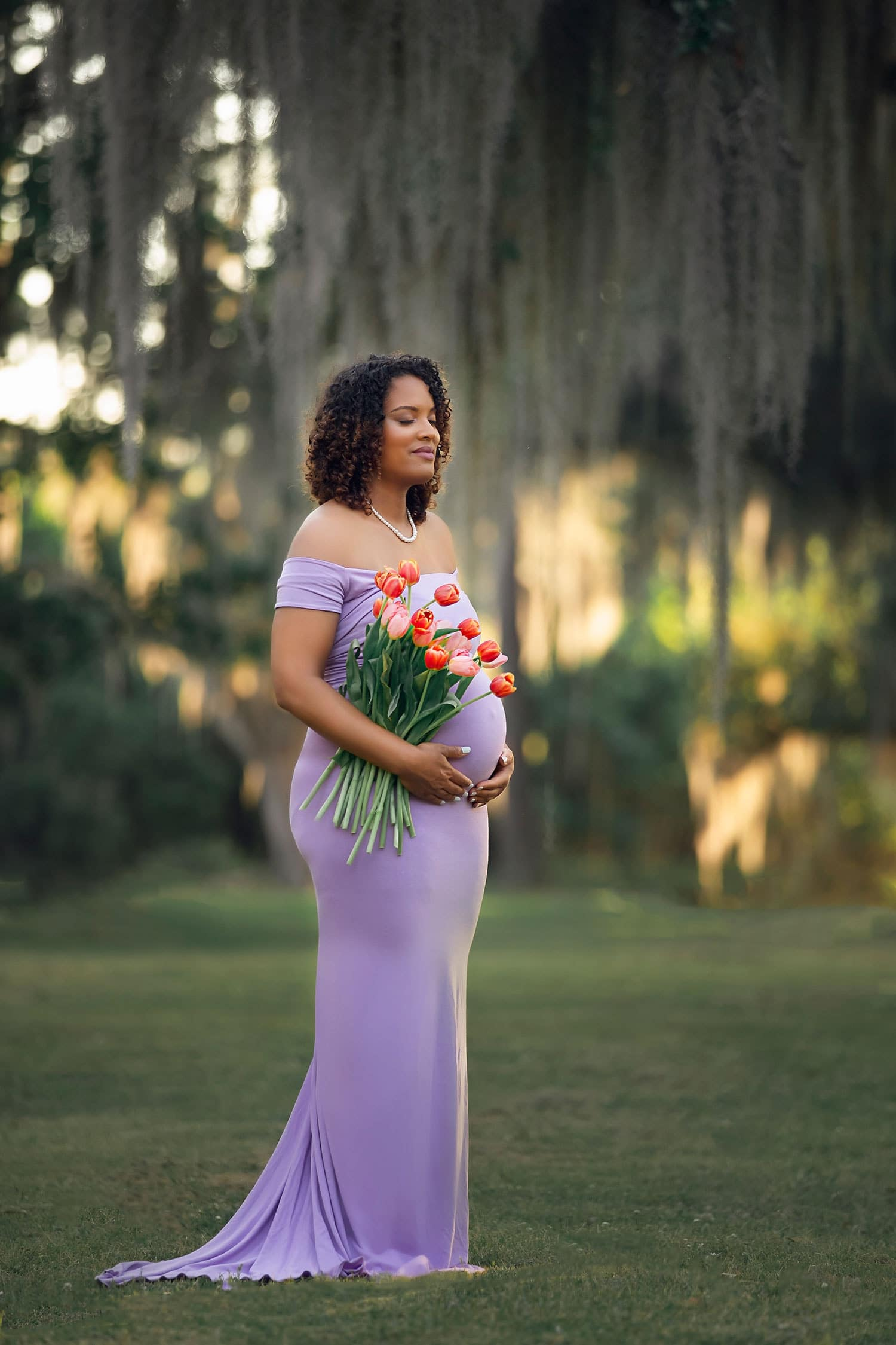 Beautiful mother to be by Annie Whitaker Photography