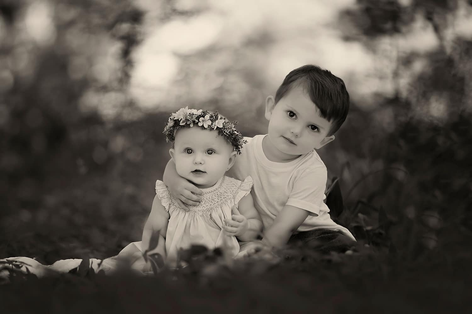brother and sister by Annie Whitaker Photography