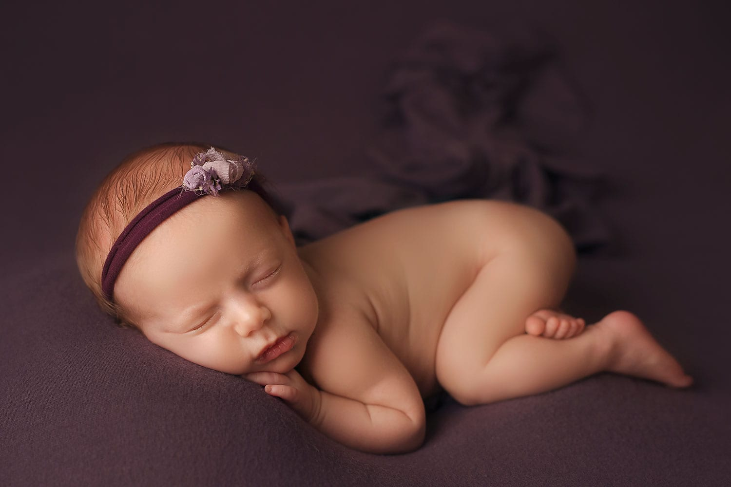 beautiful newborn photography by Annie Whitaker
