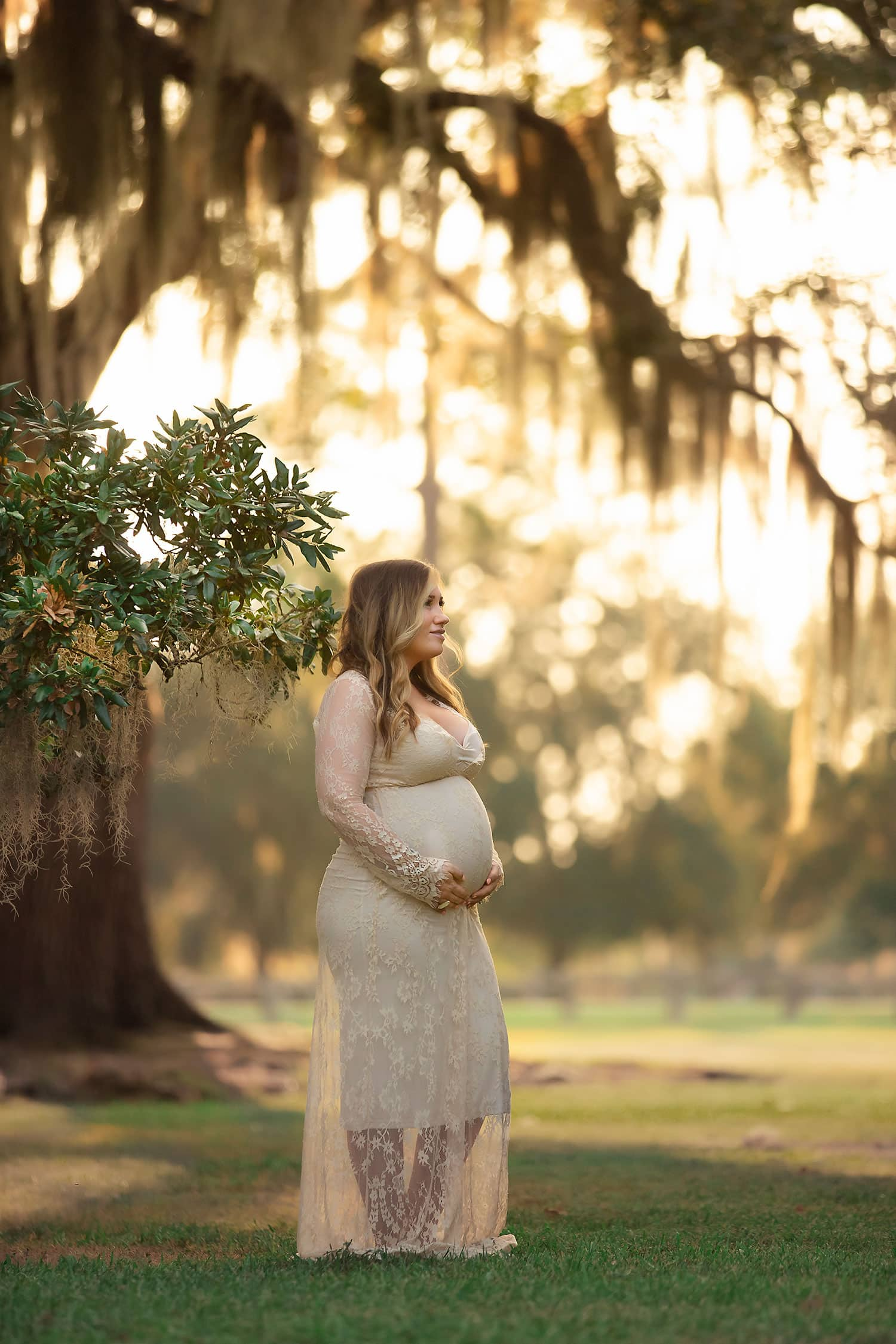glowing sunset for a mother to be by annie Whitaker Photography