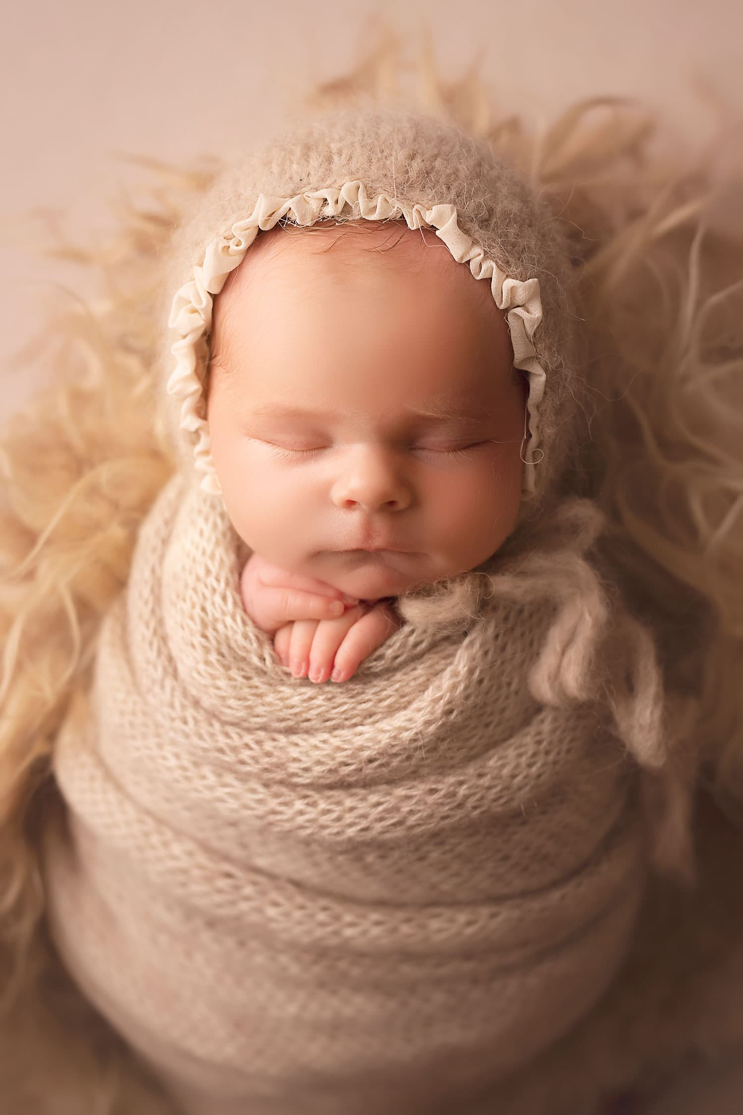 newborn baby girl by Annie Whitaker Photography