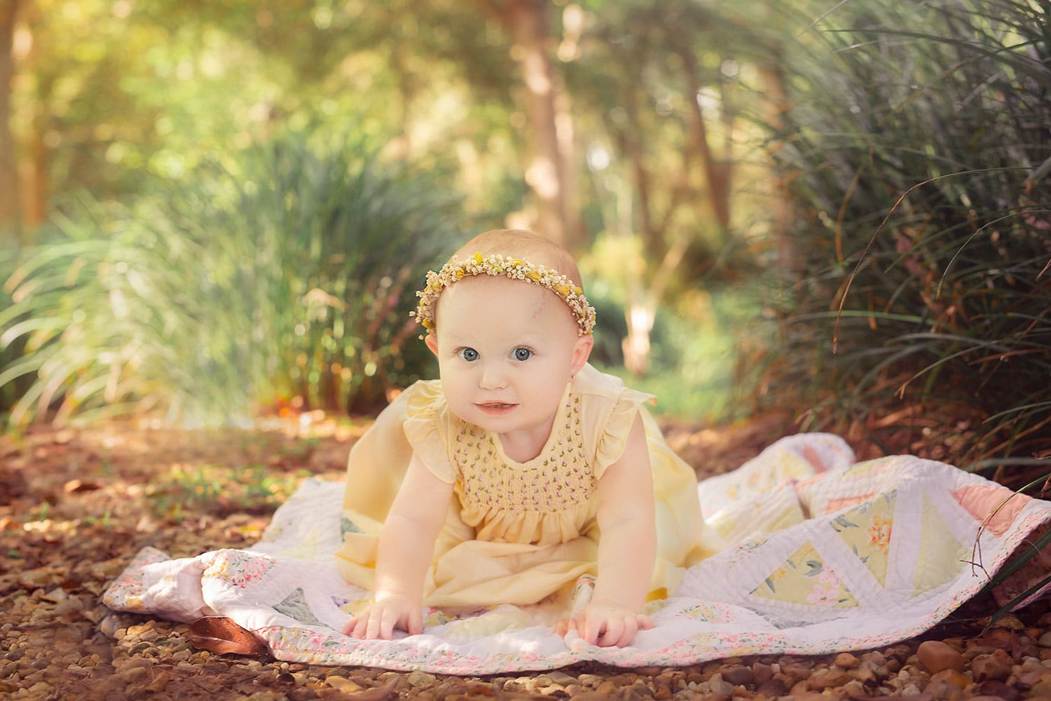 9 month old baby milestone session at park by Annie Whitaker Photography