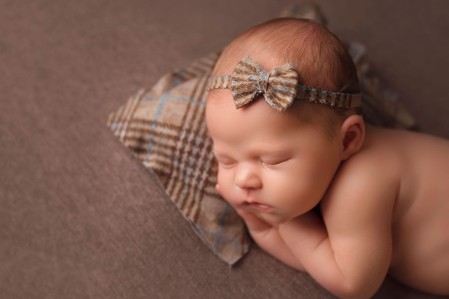 Profile photo of baby girl by Annie Whitaker Photography
