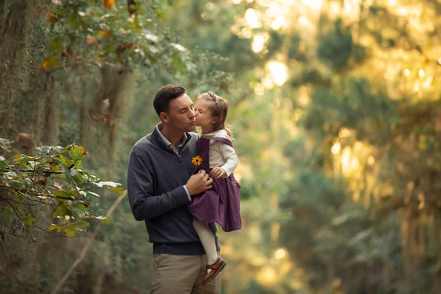 daughter kissing dad by Annie Whitaker PHotography