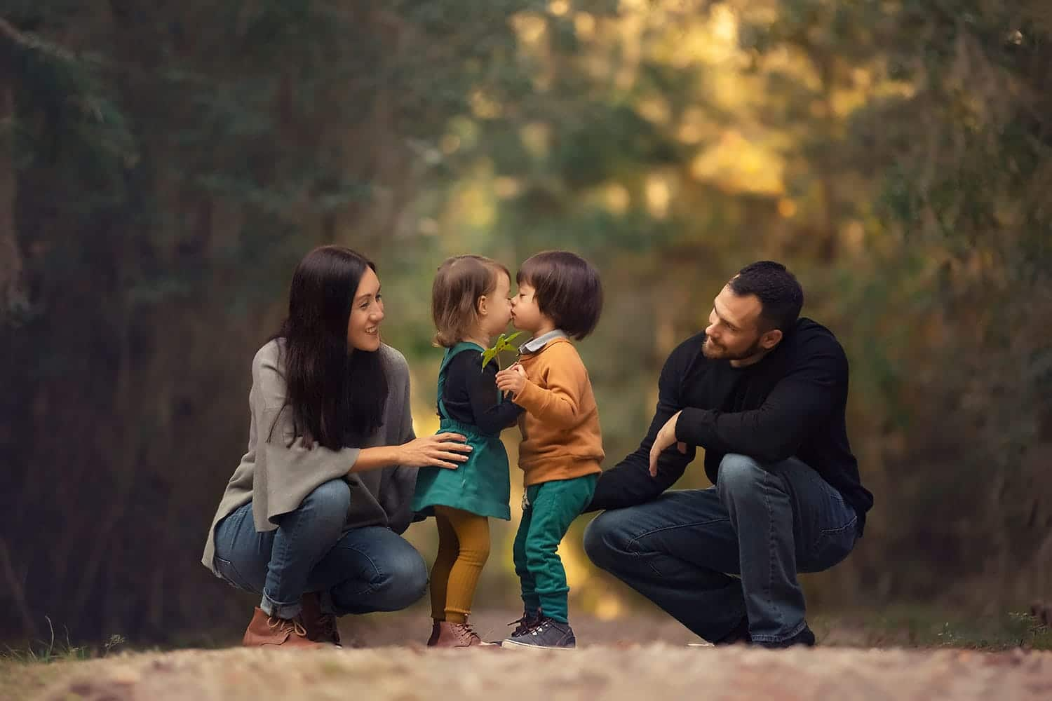 Family of four fall photo session by Annie Whitaker Photography