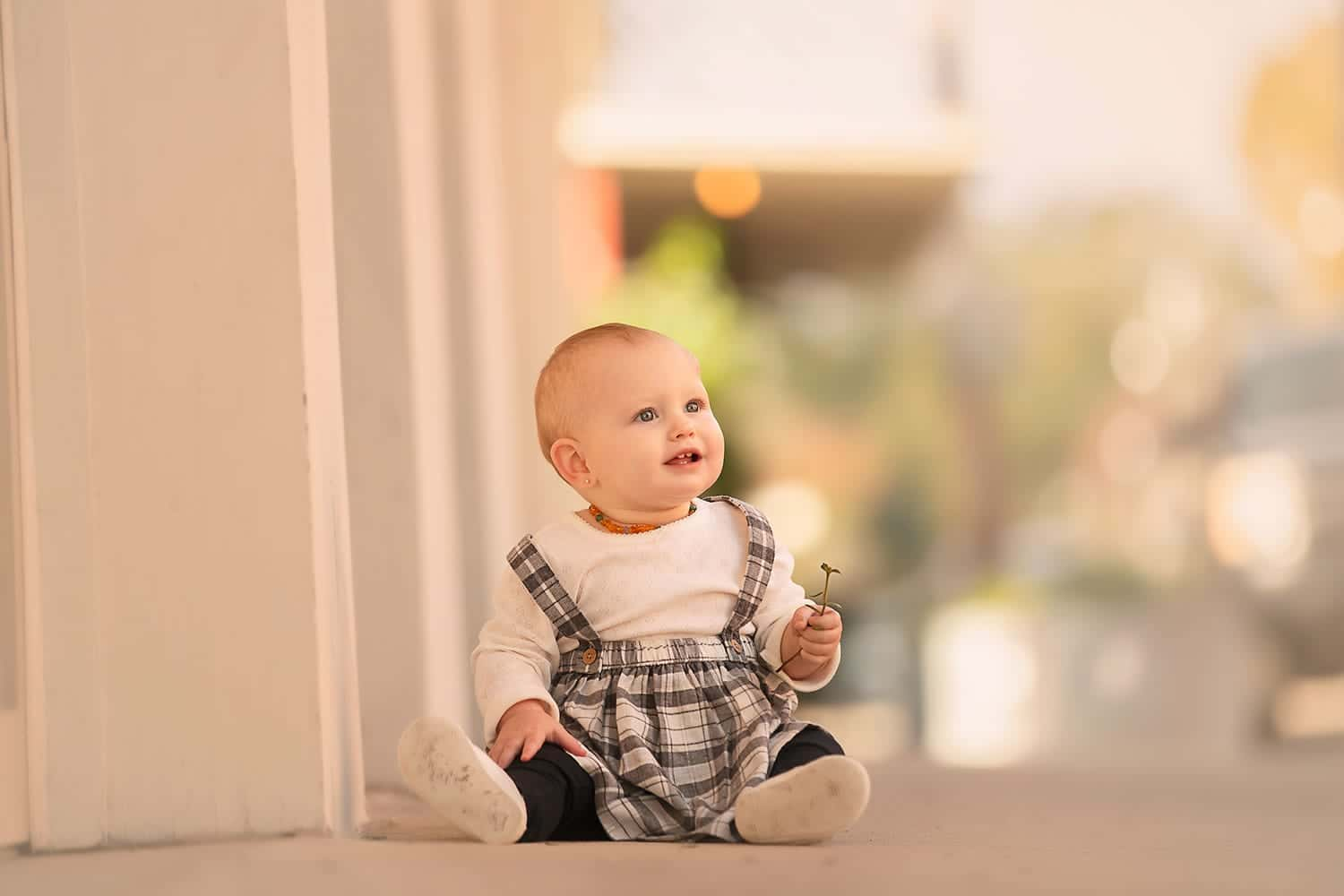 one year old milestone session by Annie Whitaker Photography
