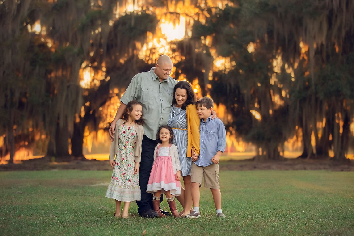 family session at fontainebleau state park in Mandeville
