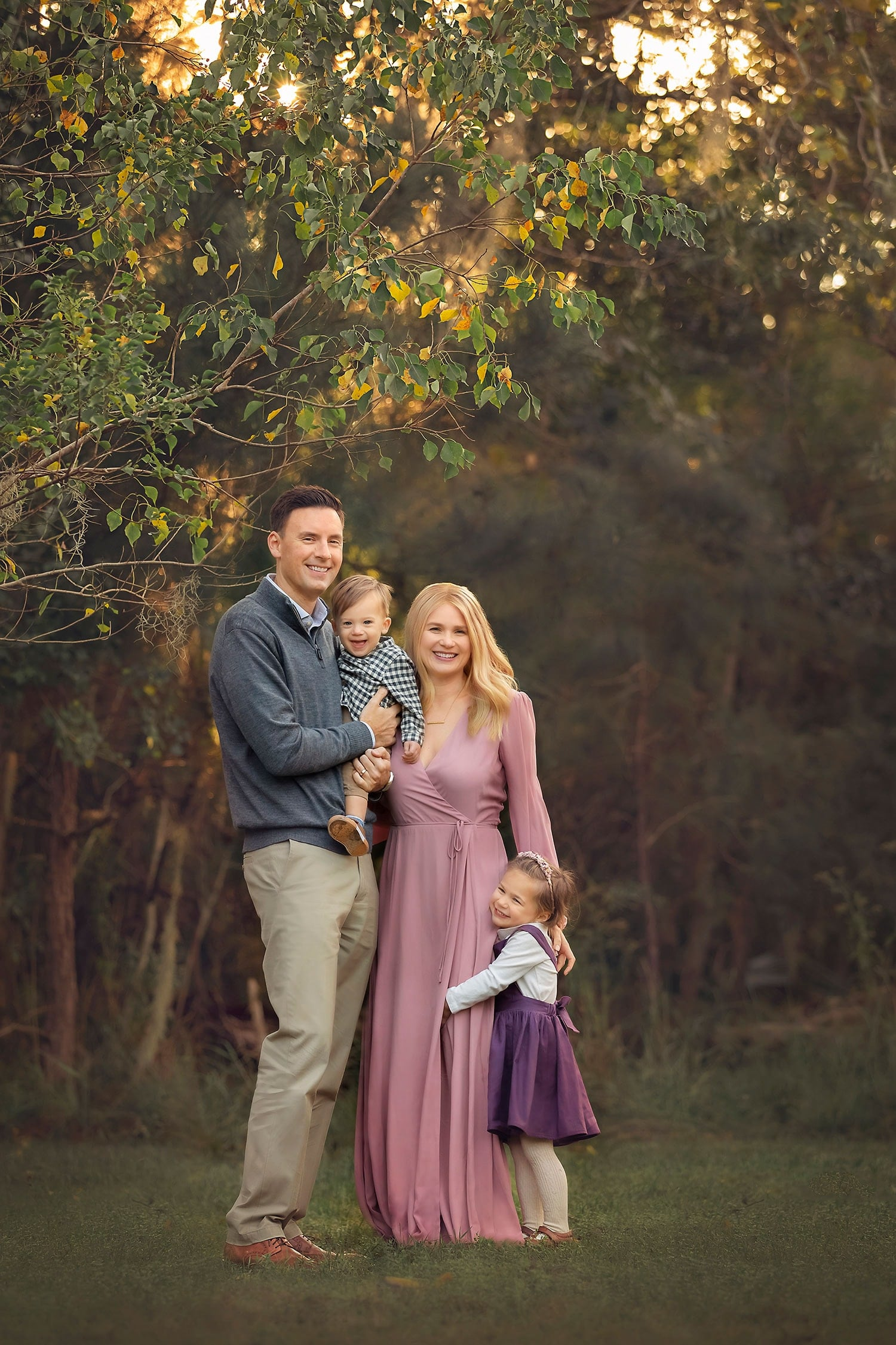 Stunning fall family photo by Annie Whitaker Photography