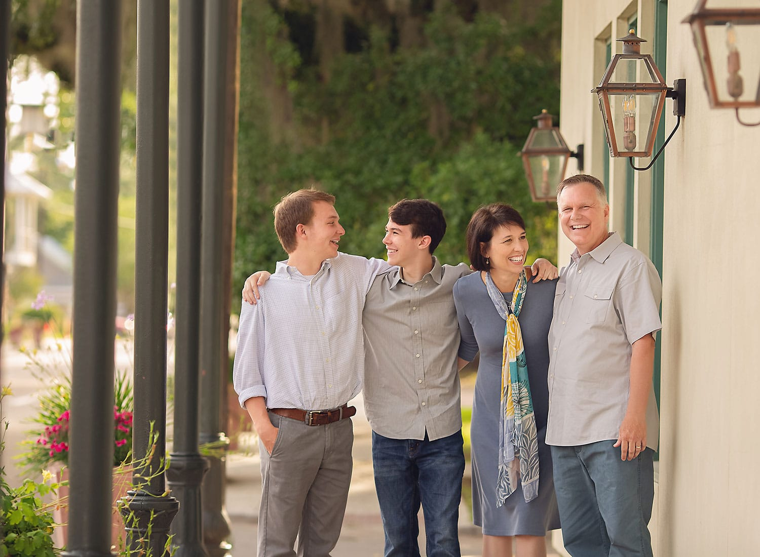 Best family photographer in Downtown Covington