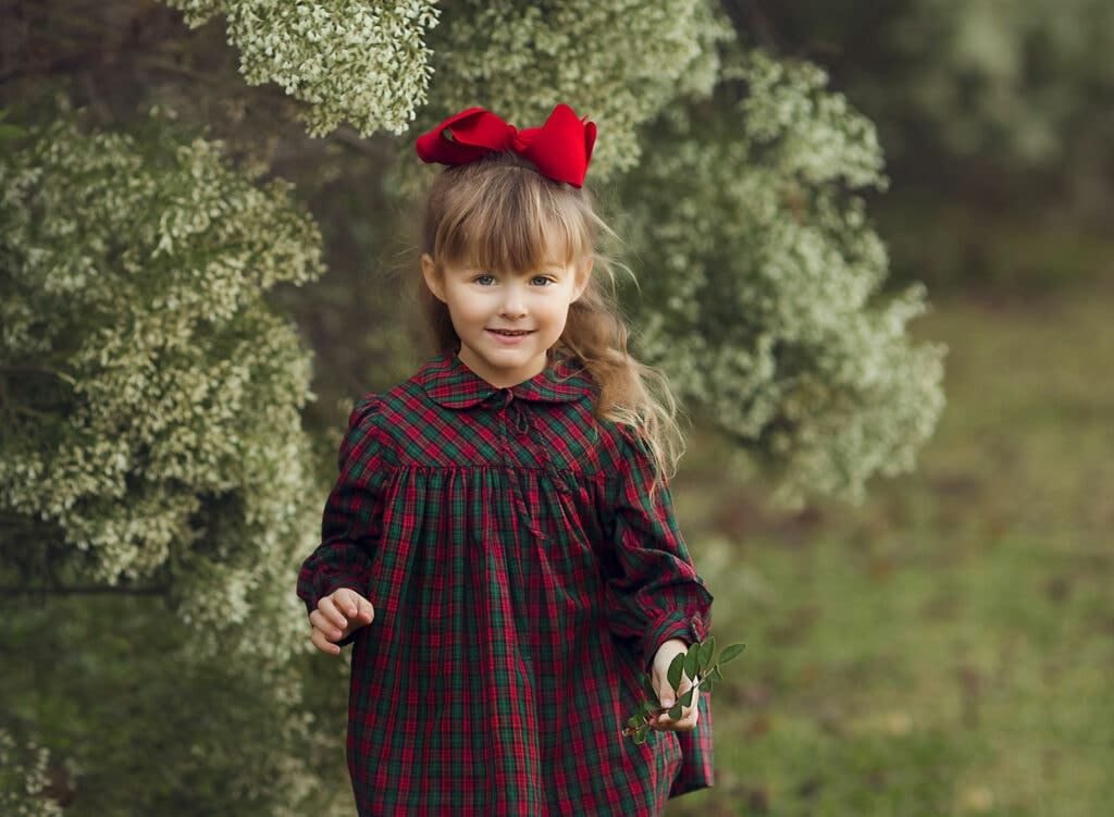 girl in Christmas dress
