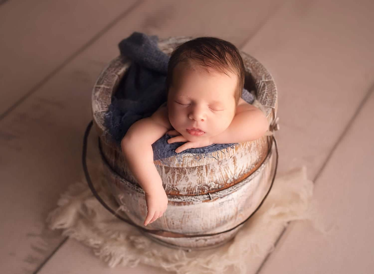 perfect newborn bucket pose