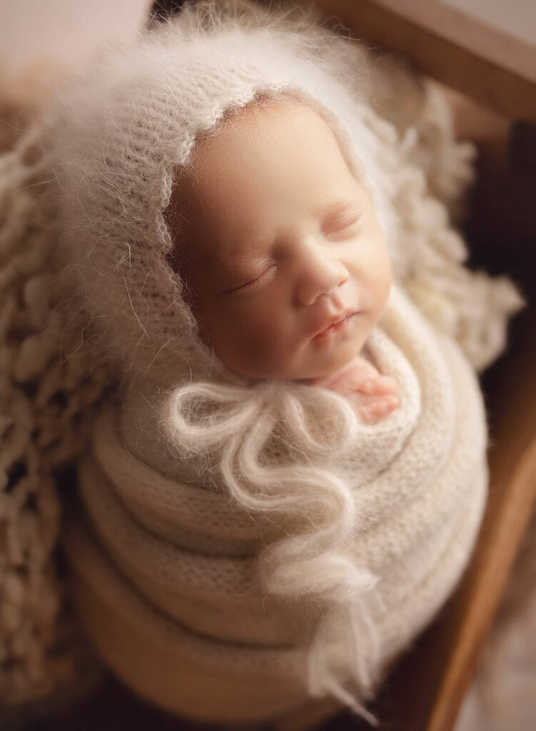 profile photo of newborn girl