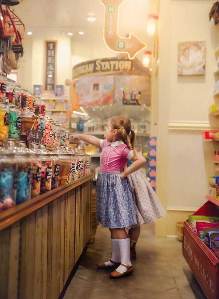 two girls at the candy bank in Mandeville LA